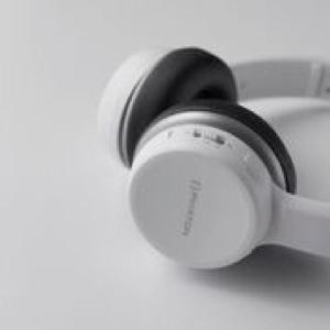 Phiaton debuts BT 390 foldable headphones
