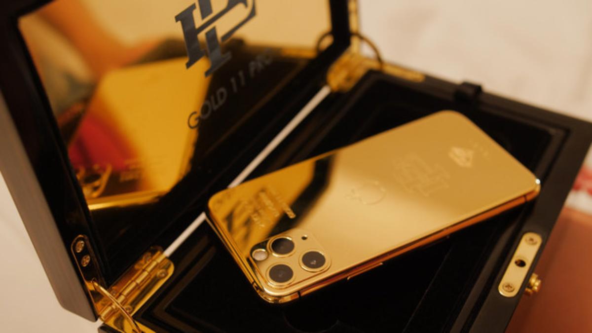 Pablo Escobar's brother debuts $499 Escobar Gold iPhone 11 Pro