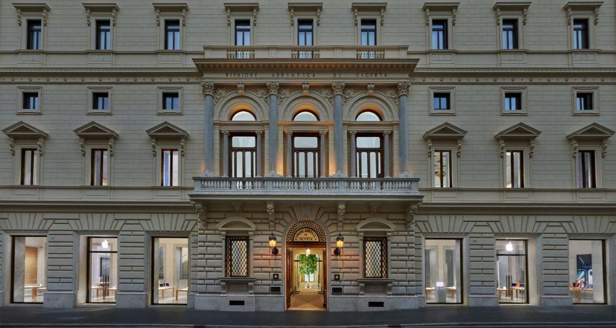Apple Via del Corso opens Thursday, May 27, in Rome